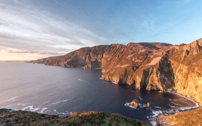 sliabh-liag-cliff-face-sunny-donegal-scenic-travel